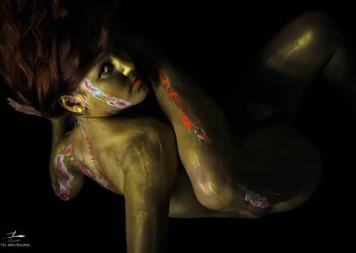 Zatiesart_Golden_Woman_EM-6513