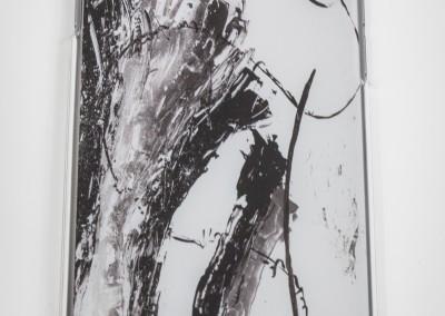 Zatie's Coque Kiss Iphone n&b 6/6S 25 €. Disponible pour Apple et Samsung.