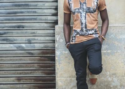 Zatiesart_T-shirt_H_Black_Kanaga_70 €